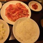 2124017 - 和牛カルビ定食 ¥1200