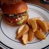 クリッターズバーガー - 料理写真:ゴルゴンゾーラチーズバーガー