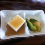 西原そば - ジーマミー豆腐ときゅうりのキムチ