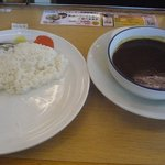 松屋 - カレーとライスは別皿にて提供(^_^)