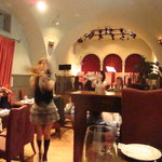 wine & dinning TOROS - ☆4人組のトランペッターは女性で可愛い(*^^)v☆