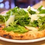 ピッツェリアジージー - 本格的薪窯ナポリピッツァイタリアン NAPOLIと同じ味・価格・スタイルで! ピッツェリア ジージー(Pizzeria GG) 鎌倉市由比ガ浜2-9-62 0467-33-5286
