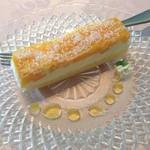 カフェ・ド・オーク - フローズンスティックケーキ(マンゴー)