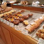 ブーランジェリー ブルディガラ - 多彩なパン