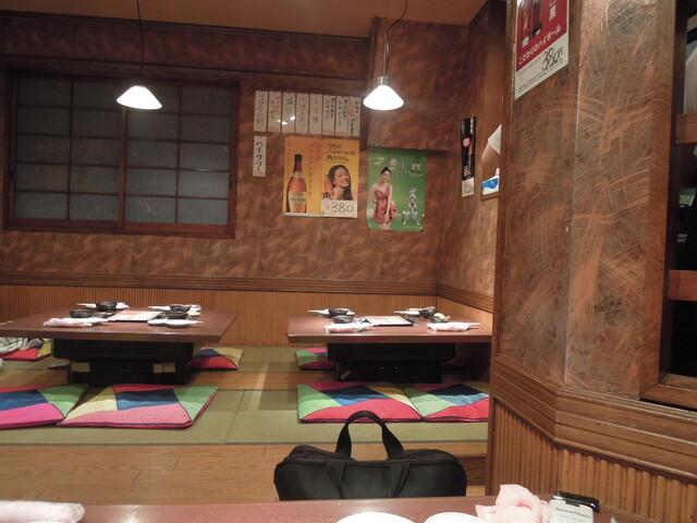 https://tabelog.ssl.k-img.com/restaurant/images/Rvw/21270/640x640_rect_21270173.jpg