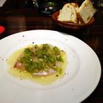 パネイラ - 前菜とパン