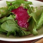 シャトー2Fカフェ - カレーの付け合せサラダ(ドレッシングが面白い)