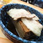 いづみや - 名物!肉豆腐240円 このシンプルさっ!