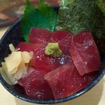 無添くら寿司 - 「熟成まぐろ丼」(598円)。なかなかイケました。