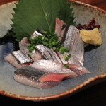 山利喜 - 新秋刀魚の刺身