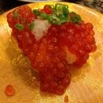 がってん寿司 - 手ほぐし筋子、ということでしたがイクラでした醤油付ければ良かった。。