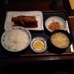 21403392 - 煮魚定食(銀ダラ)1300円