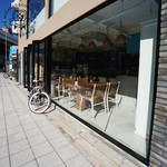 Micasadeco&Cafe - ガラスばりの新しいお店