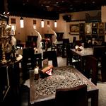 アールティー  - インドのレストランをイメージしてます。