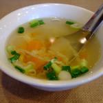 ティーヌン - セットのスープ