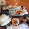 ドライブイン香魚 - 料理写真:暫く待つと鮎定食1050円がテーブルに運ばれてきました。