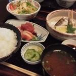 いちば鮮太郎 - カマス筒焼きとお刺身定食