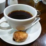 レストラン AKIOKA  - セットメニューの コーヒーとジンジャーサブレ