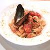 イタリアンバール  スペッロ - 料理写真:ルンゲッティーシチリアーナ(卵白とパン粉の手打ちパスタ)海の幸のペスカトーレ