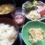 四季彩 - 花車御膳(ご飯、豚汁、ガスパチョ、ツナサラダ、南瓜の白和え)