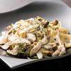 BAR ACQUA - 料理写真:お酒を楽しみながらおいしい料理でお腹も満たせます!