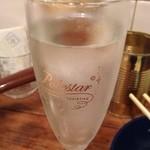 串カツ酒場 - 樽詰めスパークリングワイン