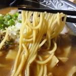 らーめん小貫修三 - 麺アップ