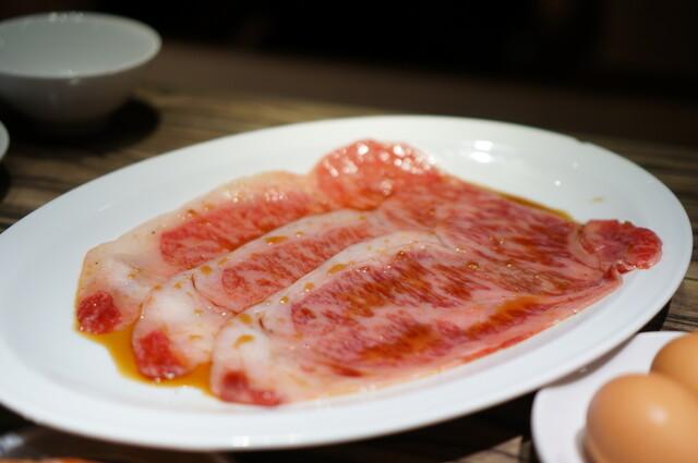 https://tabelog.ssl.k-img.com/restaurant/images/Rvw/21687/640x640_rect_21687513.jpg