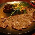 イタパン - 霜降りサーロインステーキの鉄板deステーキ