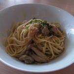 コジマネーゼ - 2013.10)茸とツナのアンチョビ風パスタ