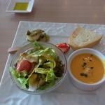 コジマネーゼ - 2013.10)この日の前菜。左上の小エビとエリンギのソテーがおいしかった
