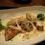 北の味紀行と地酒 北海道 - 根菜とズワイガニのチーズ焼き