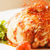 魚々バル - 料理写真:新鮮な魚介を葉キムチで包み込んだ 大様キムチ
