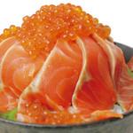 どんまる - メガ盛サーモンイクラ丼 1575円