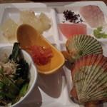 鳥羽グランドホテル - ホタテ、美味しかったです。