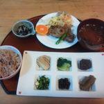 自然食レストラン 自然庵 - 日替わりランチ¥800