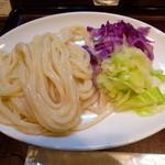 活麺富蔵 - 富士吉田の紅白うどん