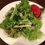 マリンバ カフェ - パスタランチのサラダです。