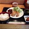 居食家 やまと - 料理写真:豚カツと唐揚げ定食。ご飯中盛り。