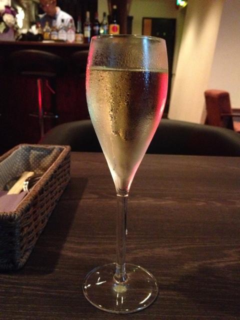 ワインカフェ赤坂