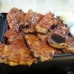 さくら亭 - 肉盛り 950 円 (6枚)