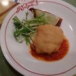 イル メルカート アンジェロ - ☆スペシャルランチの豚肉の中にスモークチーズが入ったメイン☆