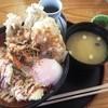 あげたて - 料理写真:鶏豚丼(550円)と味噌汁(90円)