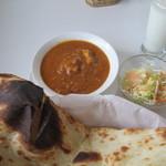 ビリヤニハウス - 日替はチキンと豆のカレー
