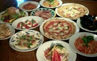 ラ・ベファーナ - パーティー料理、一例