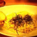 MEAT HOUSE YOKOHAMA MarS - 魚介と明太子の和風パスタ(色が・・・)(2013.10)