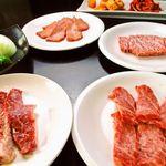 焼肉食堂 JUICY - 料理写真:厳選した肉を低価格で♪