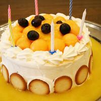 誕生日やお祝いにはケーキをご用意