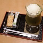 玉露園喫茶室 - ドリンクご注文のお客様にお菓子をプレゼント!