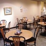 玉露園喫茶室 - どうぞごゆっくりとお食事をお楽しみ下さい。